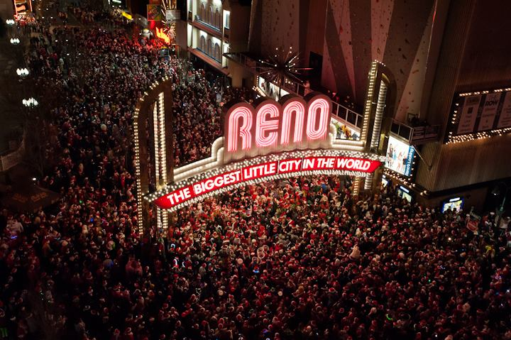 Photo Credit: Reno Santa Pub Crawl Facebook